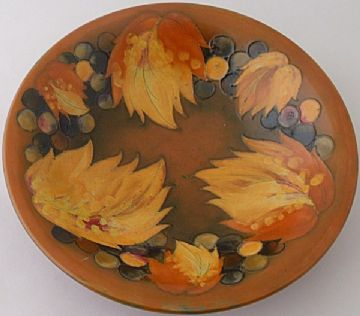 Moorcroft Pottery Leaf And Berry Bowl Dish